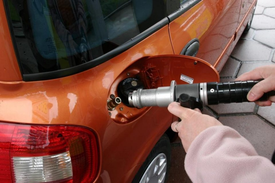 Motorists hurt by high methane prices
