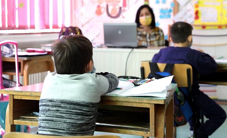 Association of teachers asks for shorter classes, more online teaching