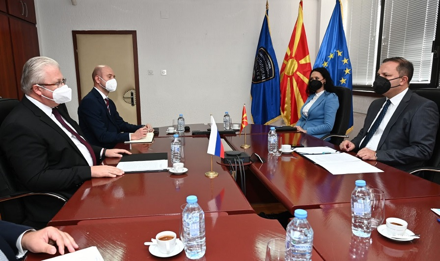 Spasovski meets Russian Ambassador Bazdnikin