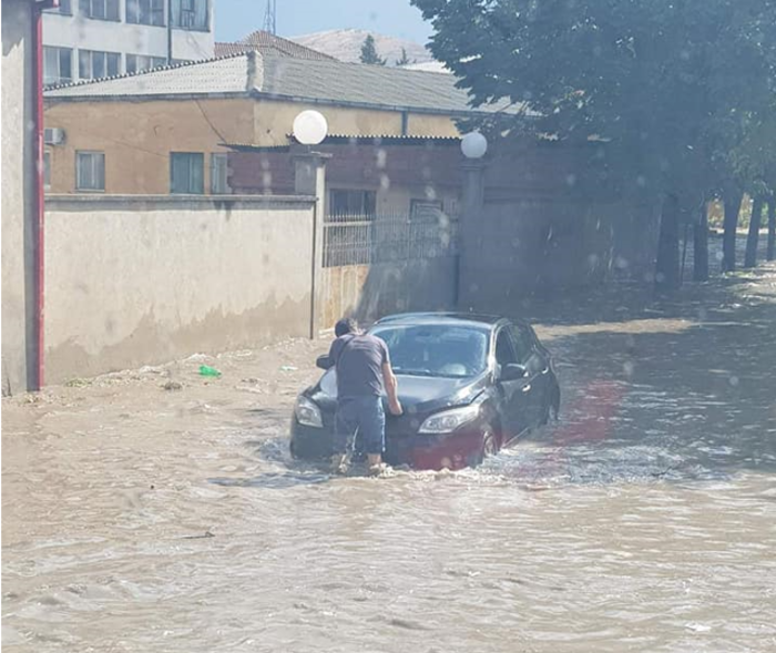 Rain causes flooding in parts of Veles