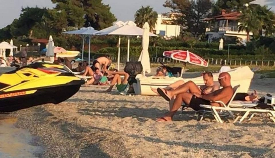 Healthcare Minister Venko Filipce photographed relaxing on a Greek beach with Vice Zaev