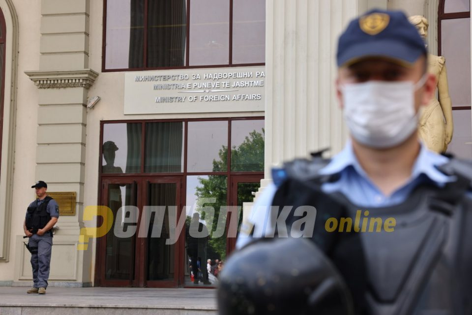 Two Macedonian diplomats arrested in Serbia on an Armenian warrant, after helping a fugitive