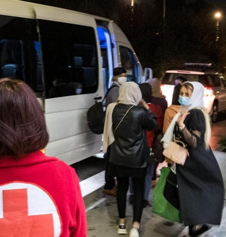 Ten Afghan refugees relocated from Macedonia to France